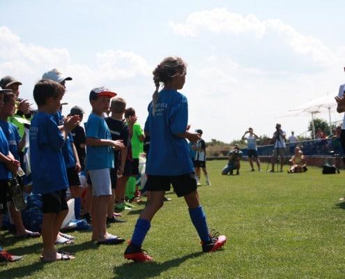 aj_dievcata_vedia_hrat_futbal